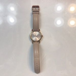 Burberry women's mode leather watch